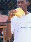 Keny, 18  , Libreville