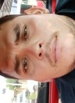 Salvador, 30, Tepic