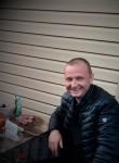 Maks, 40  , Omsk