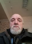Володя, 64 года, Магадан