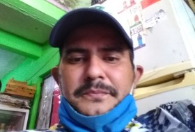 Andres, 33 - Just Me