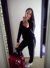 Valentina, 34, Russia, Volgograd