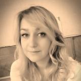 Alesya , 28  , Burin