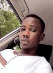 Iliass, 22  , Bamako