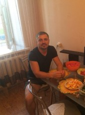 Sergey, 44, Russia, Vologda