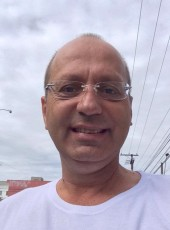 James, 54, Hungary, Budapest