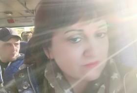 Leli, 50 - Just Me