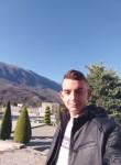 Luis, 18  , Vlore