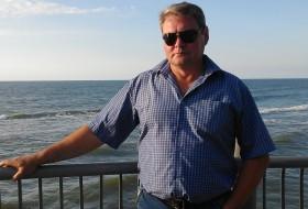 Valeriy, 56 - Just Me