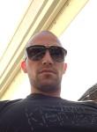 Jason, 27  , Menton