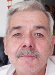Michel, 61  , Lille