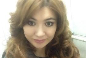 Olya , 33 - Just Me