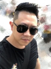 Lay, 35, China, Guangzhou