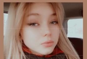 Violetta, 18 - Just Me