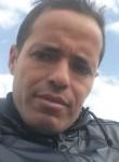Nabil, 36  , Tunis