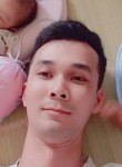 Trần, 31, Hanoi