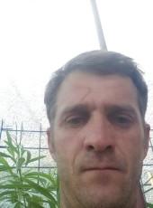 alessandro, 39, Romania, Cugir