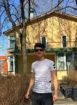 Dzhonni, 19, Reutov