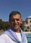 Mahmoud, 18  , Tel Aviv