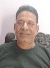 L. P. Tiwari, 45, India, Guna