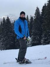 John, 25, Romania, București