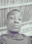 vianney yao, 25  , Abidjan