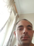 Kevin , 18  , Gibraltar