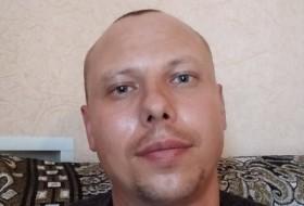 Anatoliy, 33 - Just Me