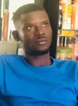 Papy, 29, Dakar