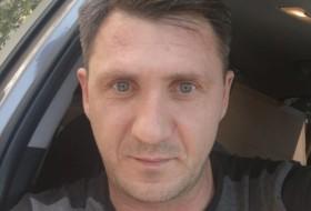 Grigoriy, 41 - Just Me