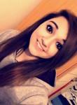 Leah, 19  , Romsey