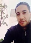 Riadh, 34  , Tunis