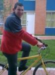Luis , 47  , Bucaramanga