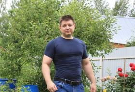 Misha, 45 - Just Me