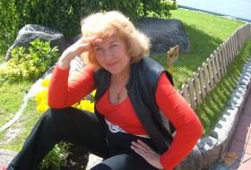 lida, 60 - Just Me