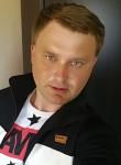 Roman, 35  , Petropavlovsk