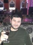 Karomatullo, 29, Moscow