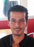 Nasser, 45  , Toulon