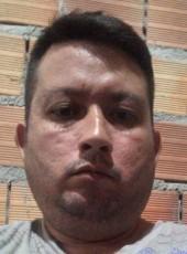 Hélio Fadson , 36, Brazil, Braganca