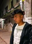 Roberto, 19  , Mexico City