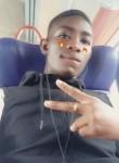 Lamin, 18  , Poitiers