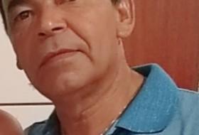 José, 50 - Just Me
