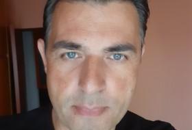 John, 45 - Just Me