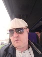 Oleg, 46, Russia, Norilsk