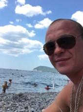 Aleksandr, 31, Russia, Rudnya (Volgograd)