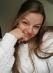 Yasmine fett, 28  , Niort