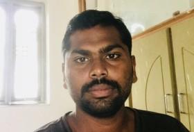 pavan, 28 - Just Me