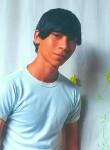 Alex González , 19  , Apartado