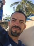 pedro, 37  , Leon