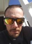 Brian, 39  , Charlotte